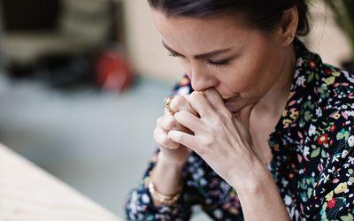 an upset woman