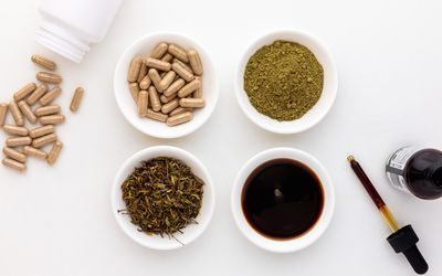 Damiana capsules, extract, powder, and dried herb