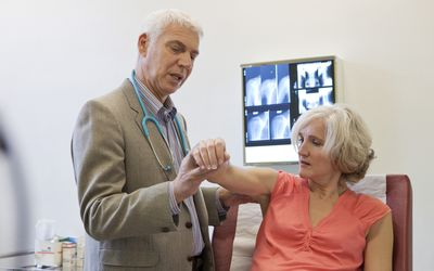 Should You See a Rheumatologist for Osteoarthritis?