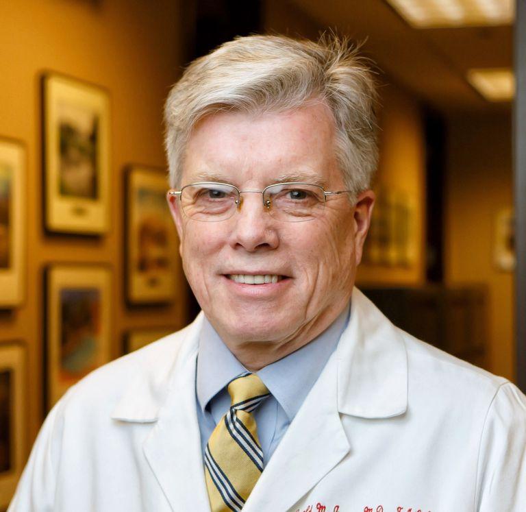 Дональд Дженсен, доктор медицины - Verywell Health