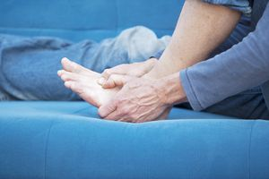 Gout: Symptoms, Causes, Diagnosis, Treatment, and Coping