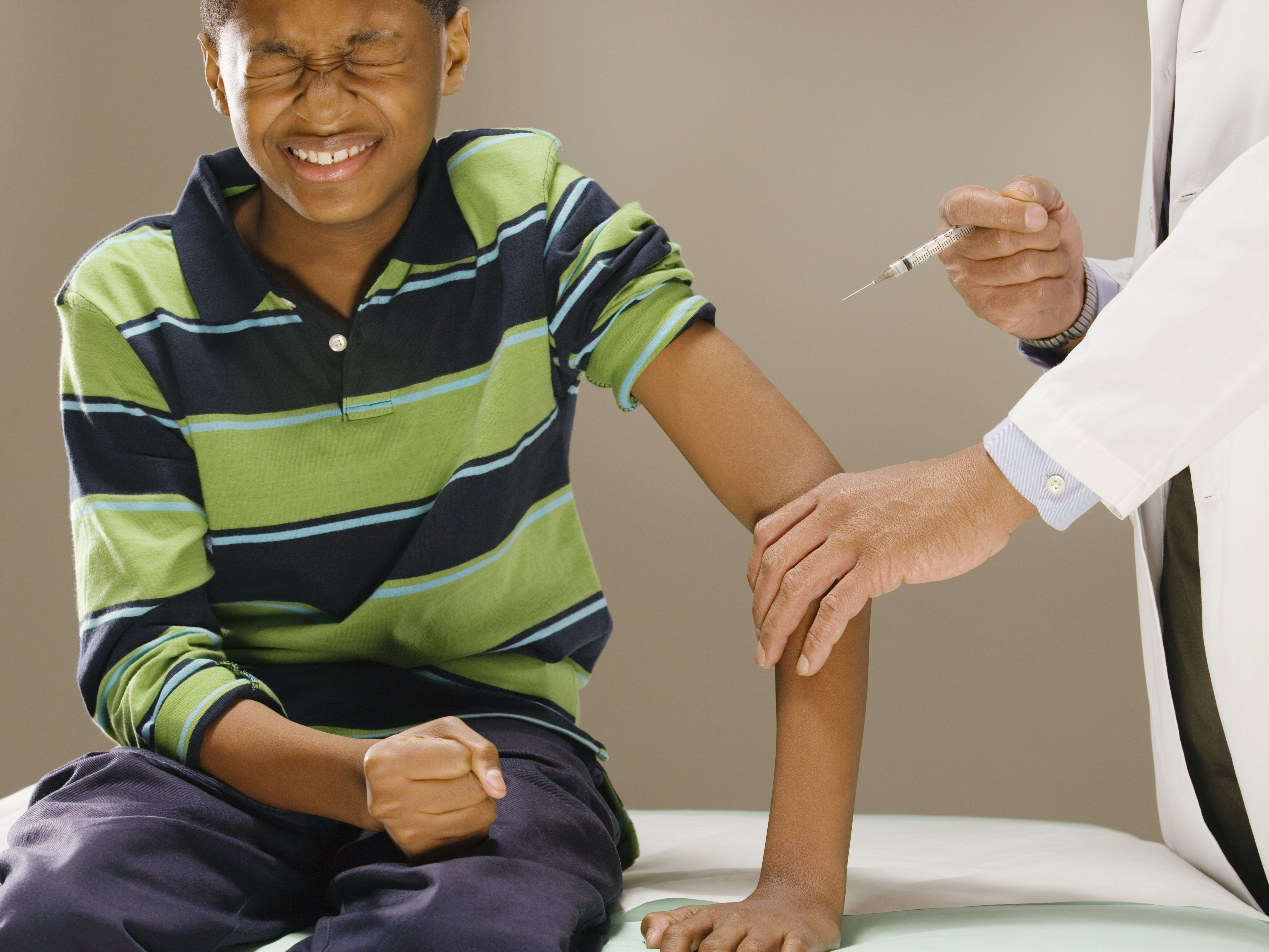 hpv vaccine side effects arm pain