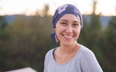 how to avoid hair loss during chemo