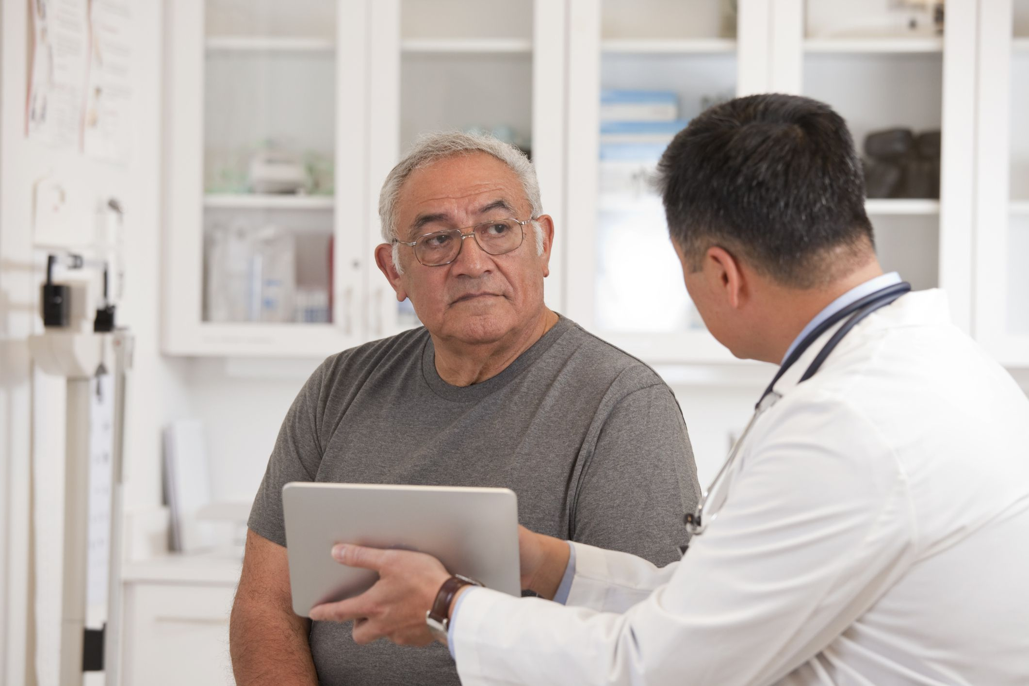 Top Cancer Symptoms Men Shouldn't Ignore