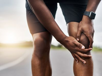 knee swelling pain