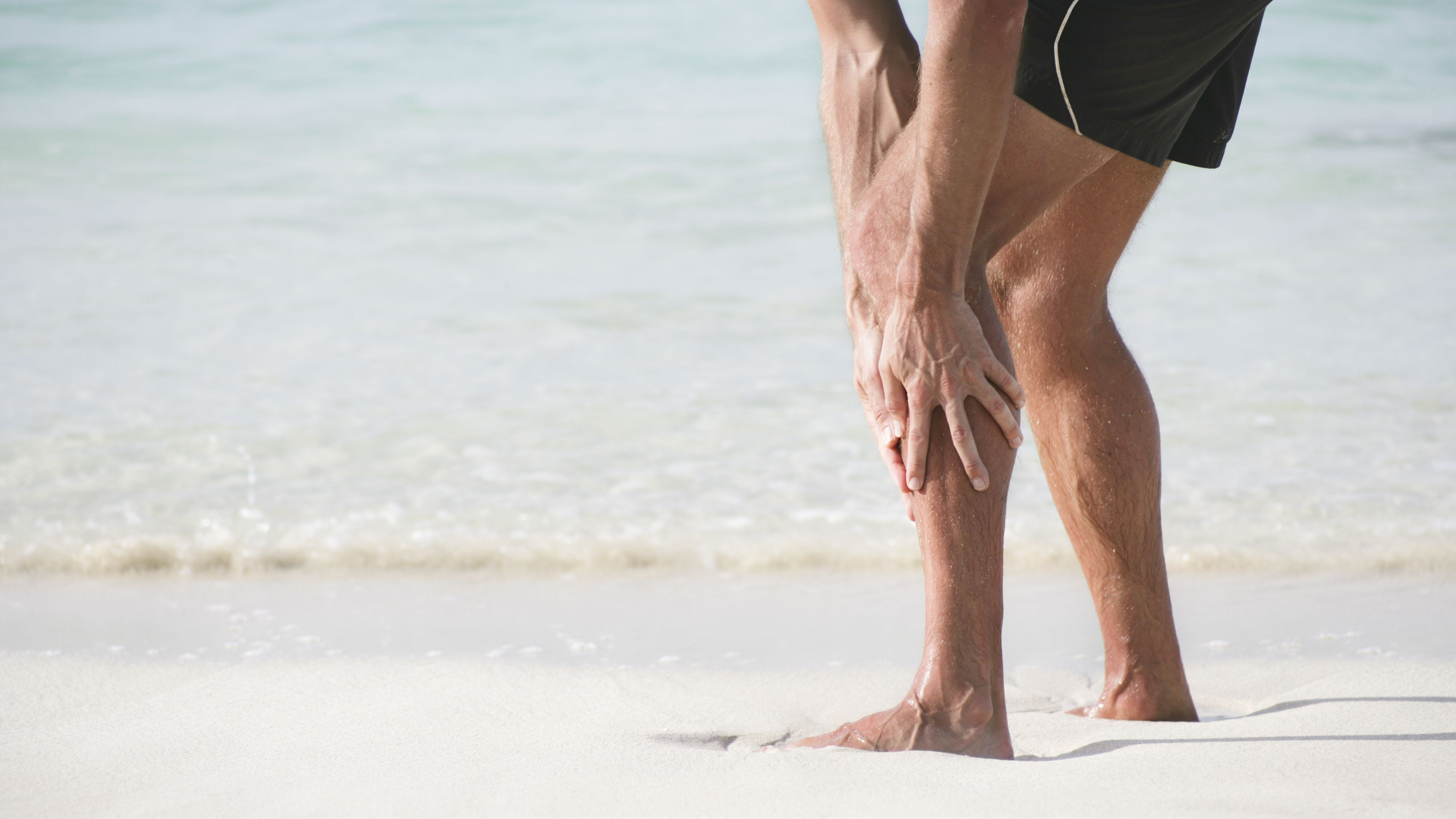 can vit d deficiency cause muscle twitching