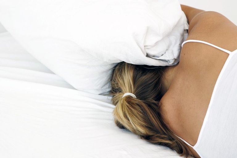 The causes of early morning awakenings can include sleep apnea and insomnia