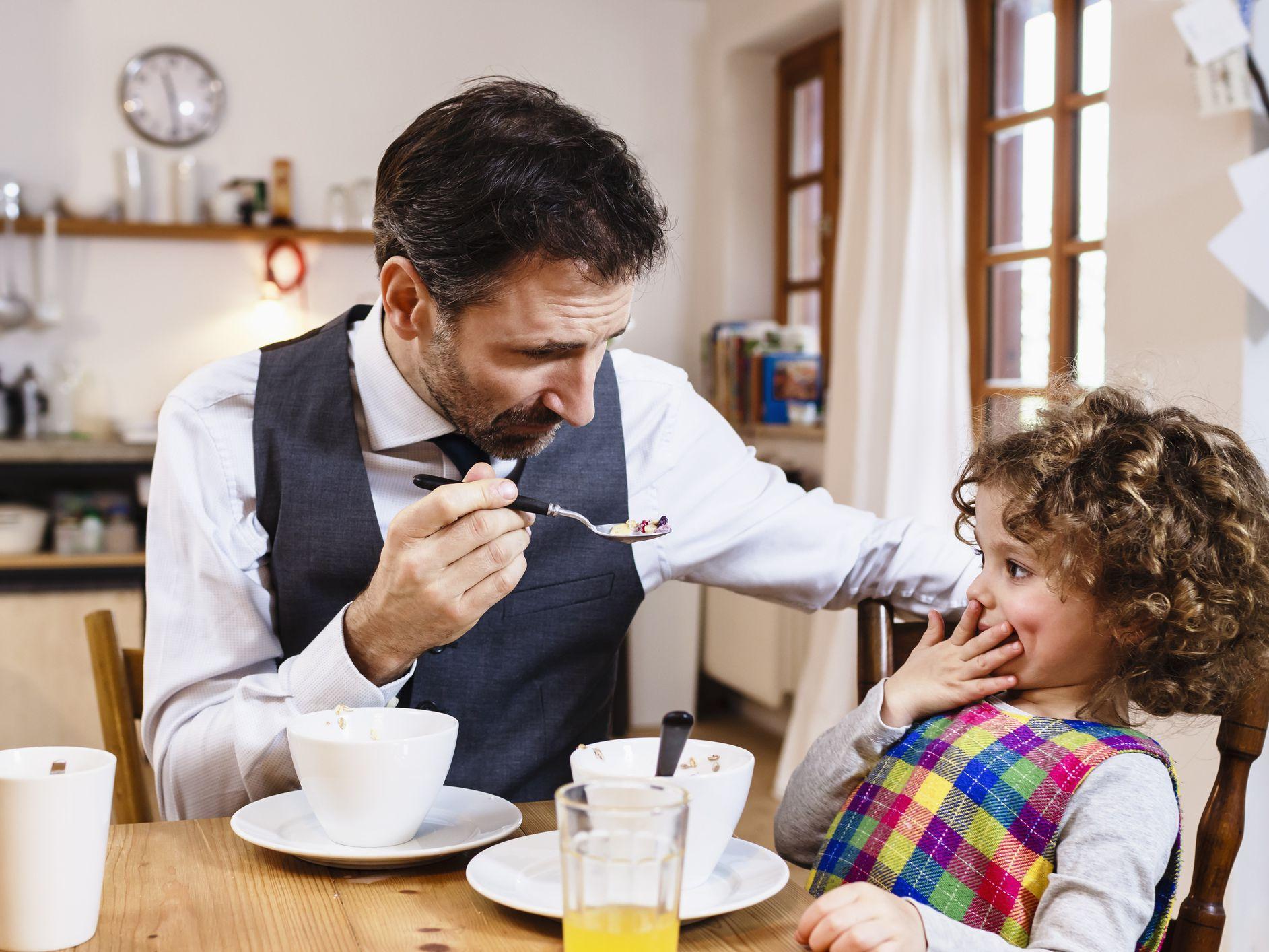 3 Connections Between Autism, Diet, and Behavior