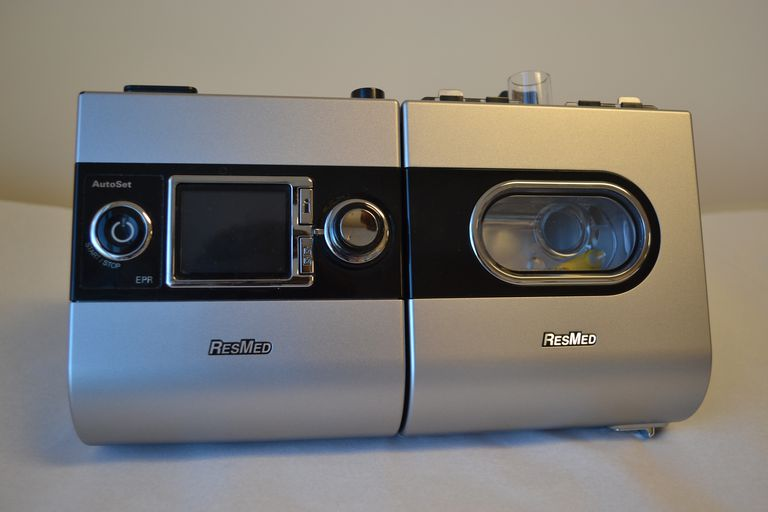 The ResMed S9 CPAP machine can be decorated with Skinit wraps to customize the surface