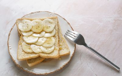 can you eat crackers on a pureed diet
