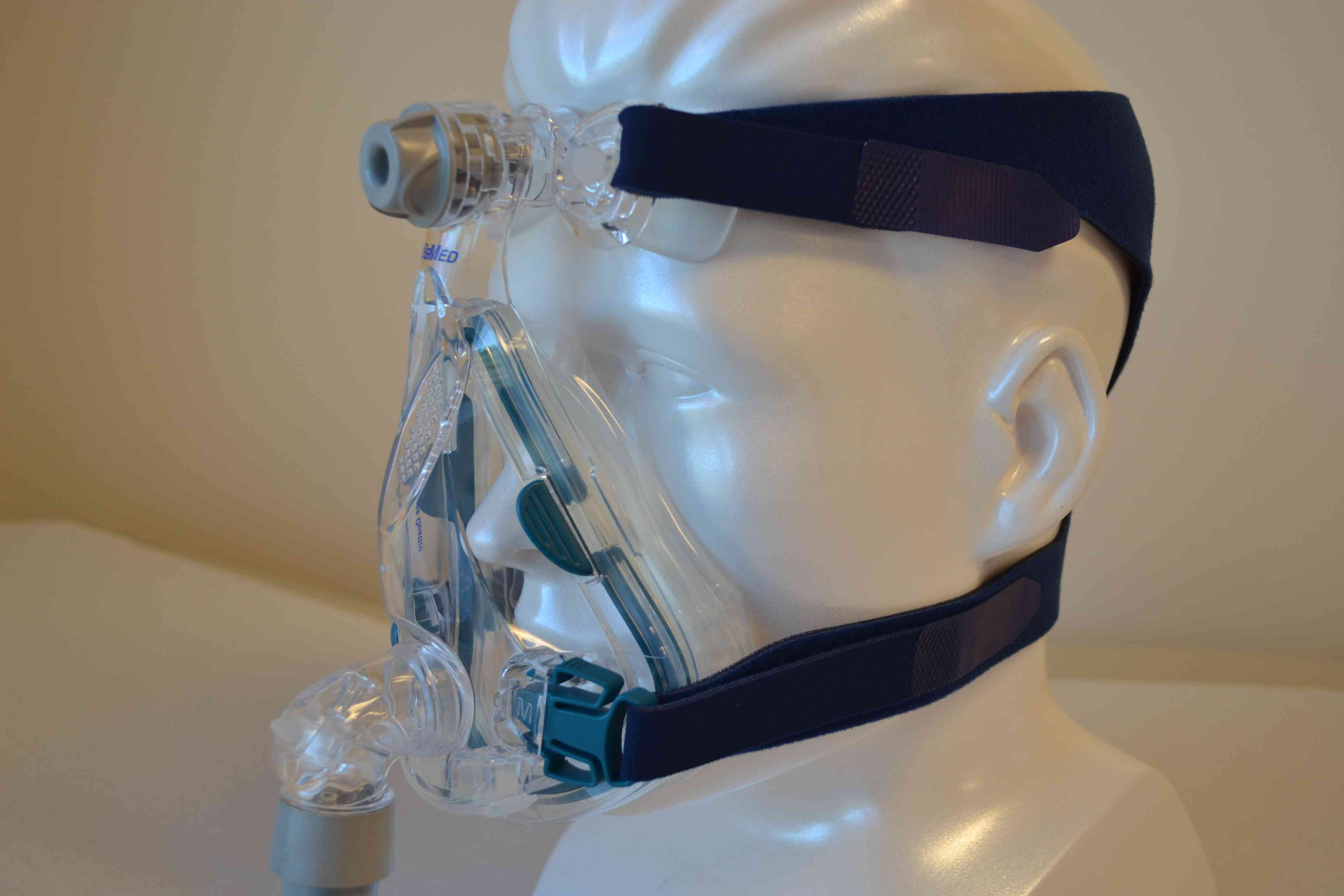 Mannequin wearing a CPAP mask