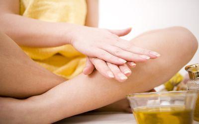 Applying oil massage