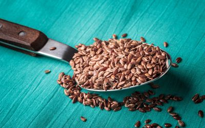 Flaxseed on a spoon