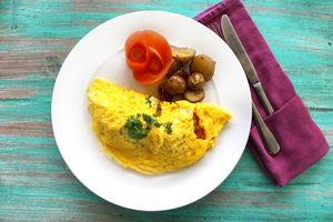 Omelet with rosemary and potatoes