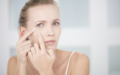 What to Do With a Pimple in Ear