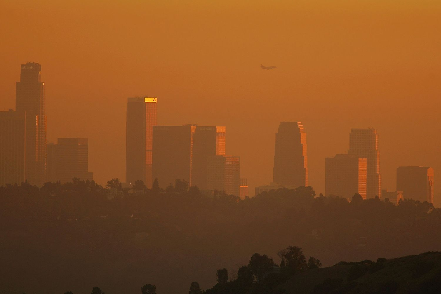 An example of how bad the smog used to be in Los Angeles