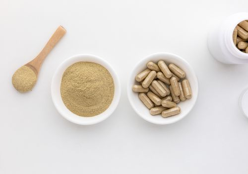Suma capsules and powder