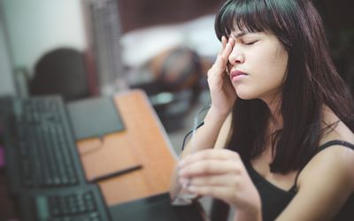 eye pain retinal migraine