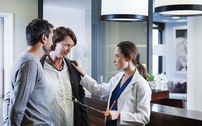 Doctor communicating to celiac disease patient.
