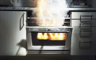 Smoke coming out from oven