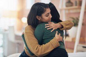 depression women hug