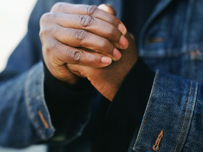 Close up of man cracking his hands