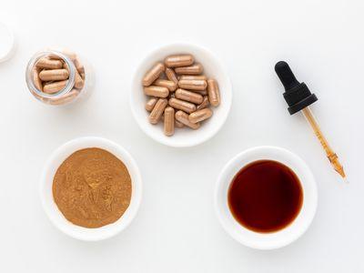Catuaba capsules, powder, and tincture