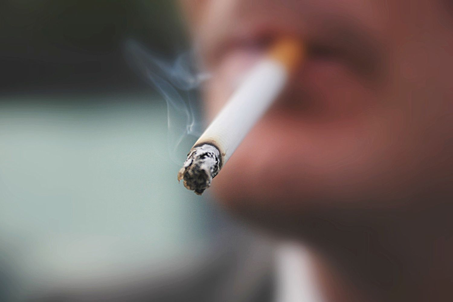 Cigarette smoking can affect the heart.