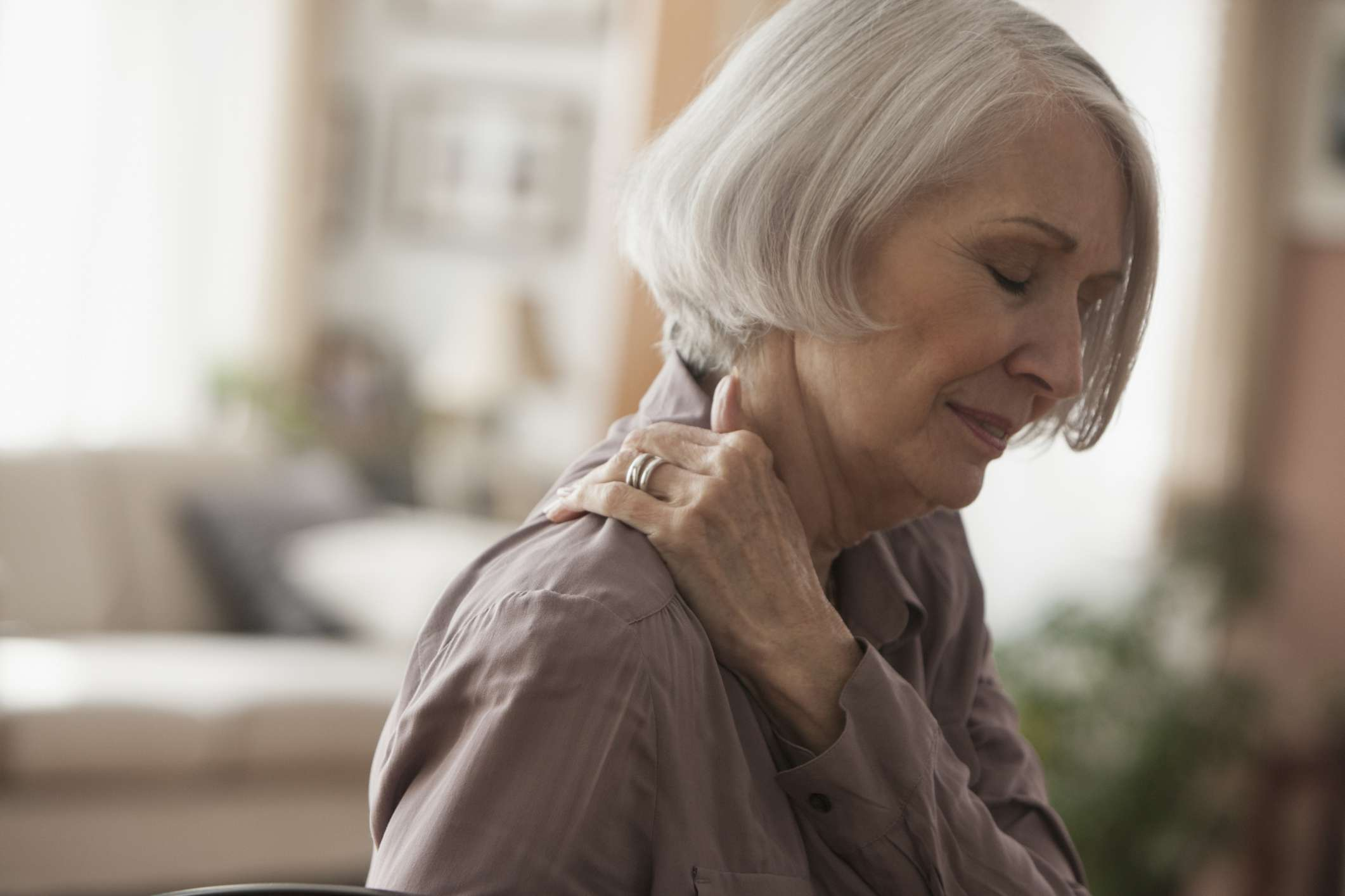 A older woman with shoulder pain