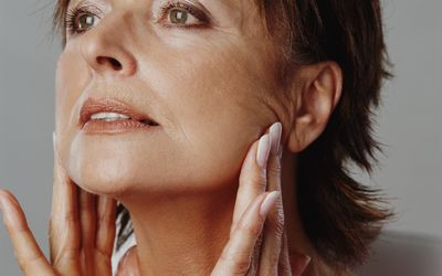 Jaw Pain Symptoms, Causes, Diagnosis, and Treatment
