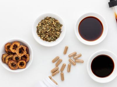 Hawthorn capsules, extract, dried herb, dried fruit, and tincture