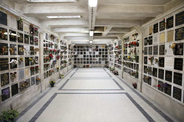 Père Lachaise Cemetery. The Columbarium.