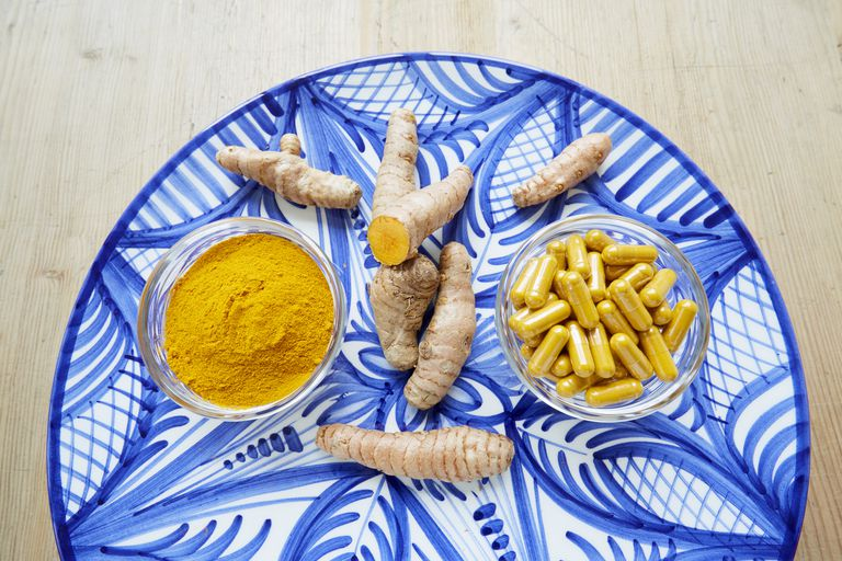 Tumeric root and powder pills
