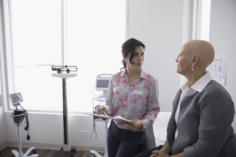 A cancer patient talking to her doctor