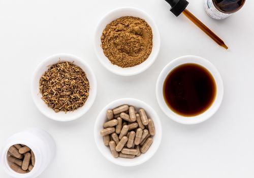 Cohosh capsules, tincture, powder, and dried root