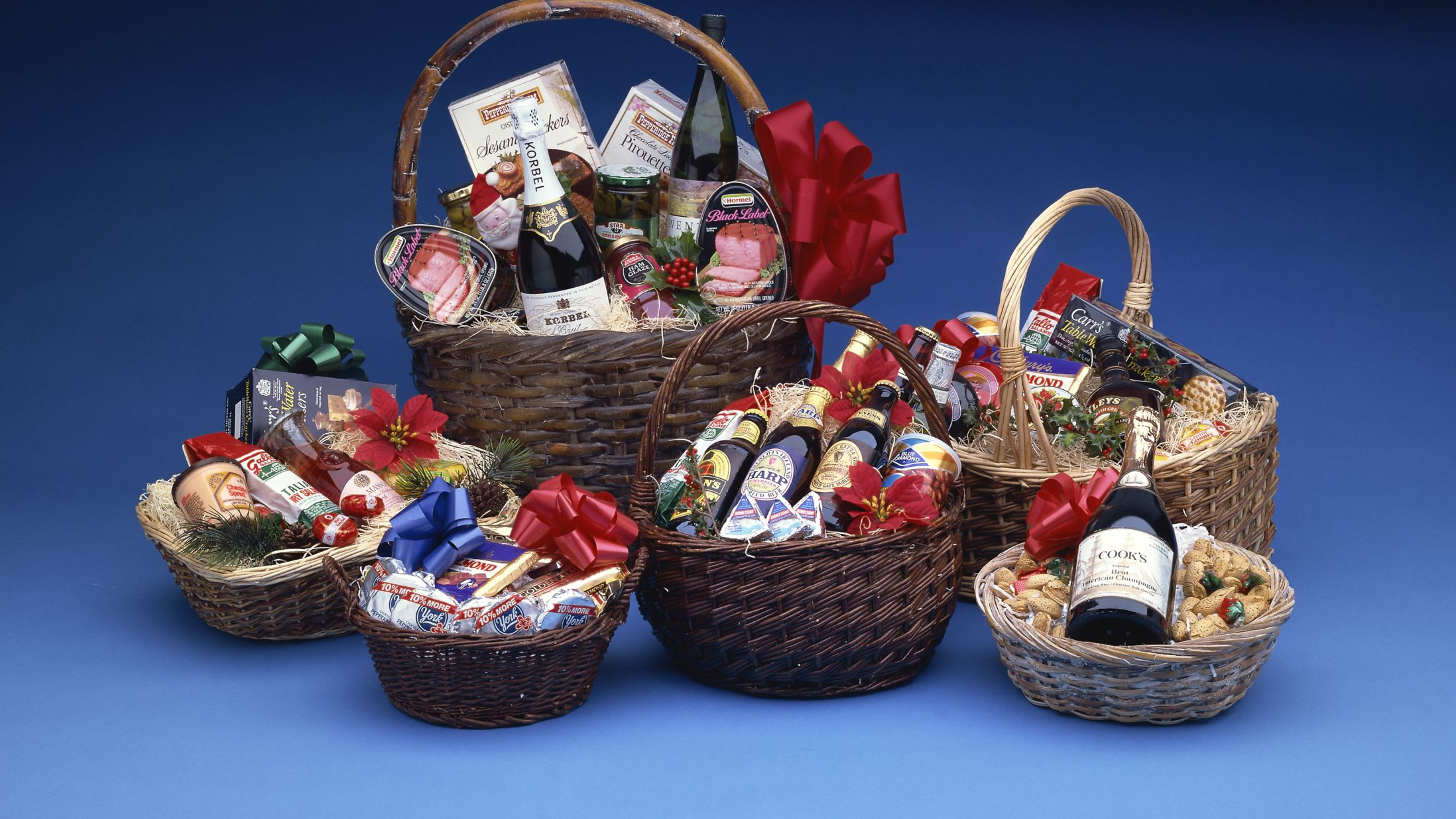 Food and Beverage Gift Basket Ideas