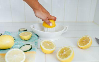 Squeezing lemon juice
