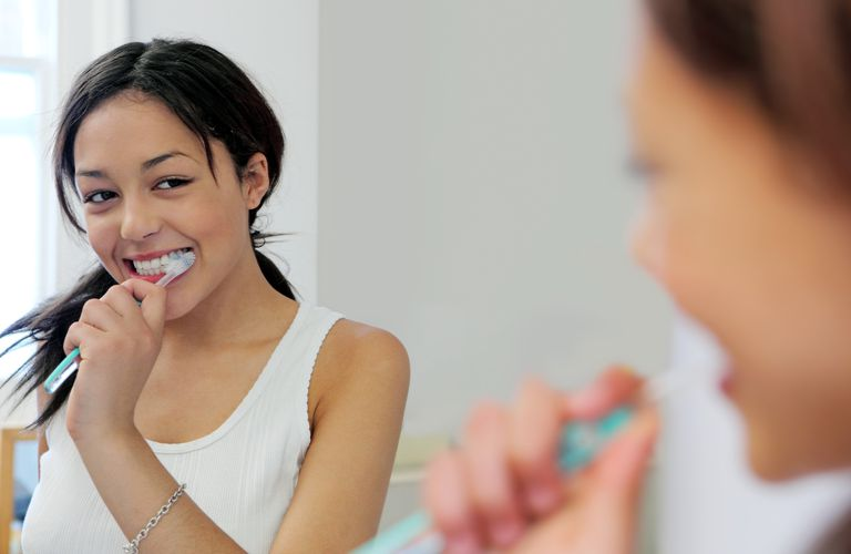 Helping Teenagers With Bad Breath