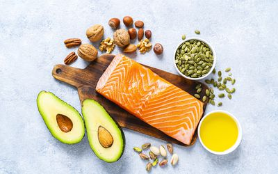 Food with high content of healthy fats