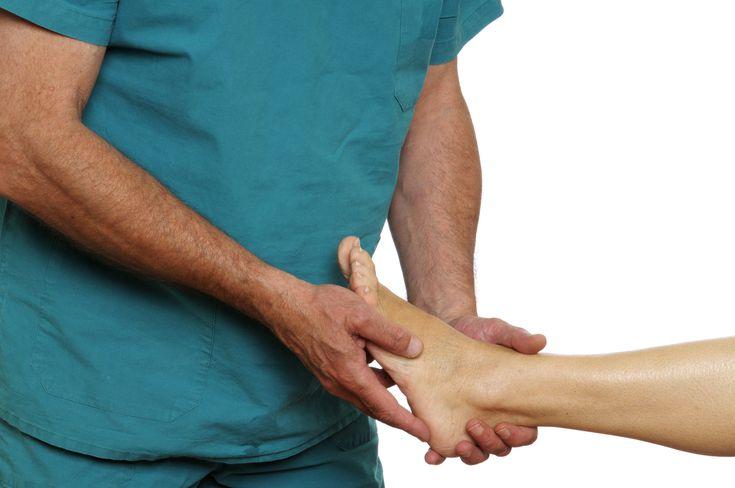 Cum sa inlatura?i durerile articula?iilor picioarelor la domiciliu