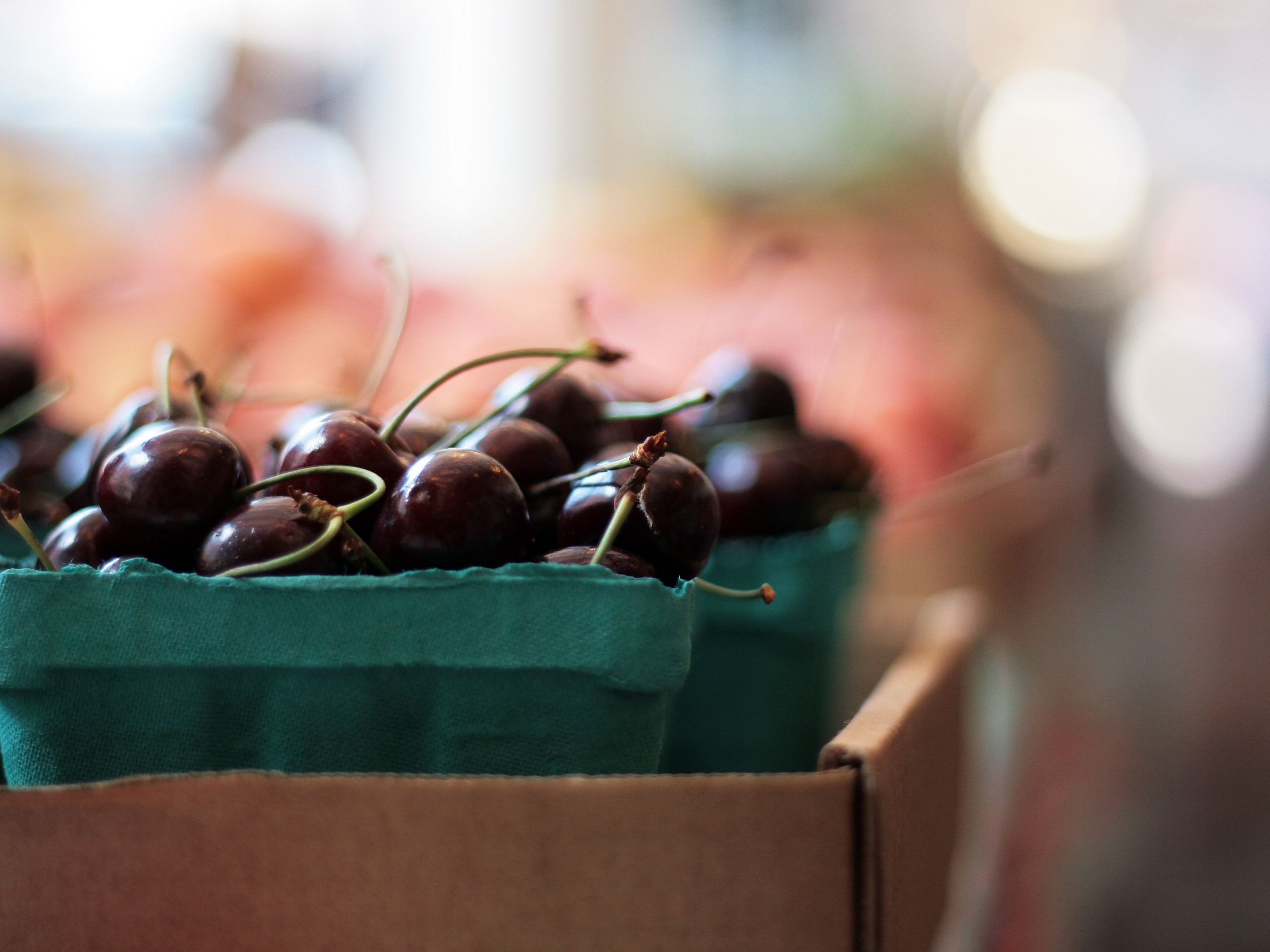 Black Cherries: Benefits, Side Effects, Dosage, and Interactions