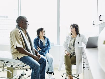 doctor patient discussion
