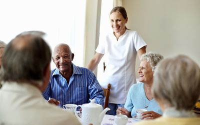 What's the Difference between Nursing Homes and Assisted Living Facilities?