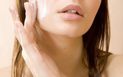 Prevent Benzoyl Peroxide From Staining Your Clothes