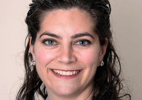 Lauren Schlanger