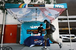 vaccination stand in new york city