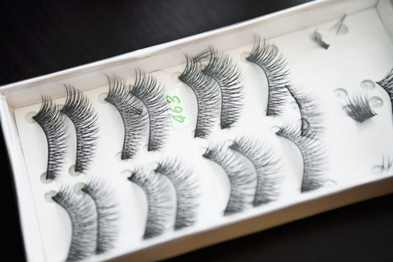 What To Do If You Lose Your Eyelashes During Chemo