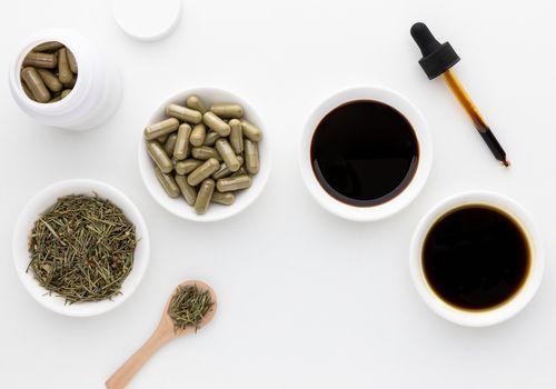 Horsetail dried herb, capsules, liquid