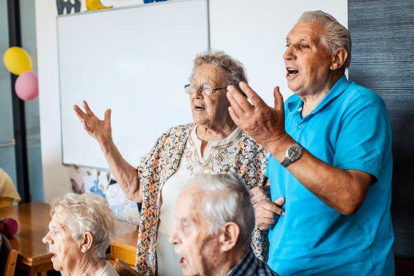 Active Seniors Singing
