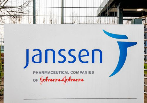 janssen / johnson & johnson sign